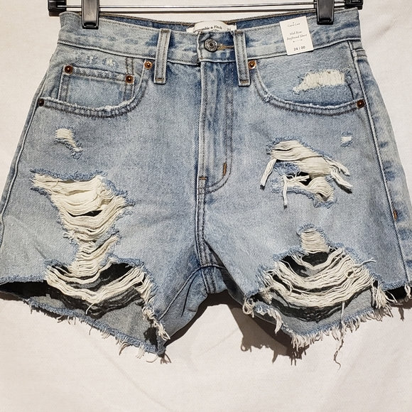 Abercrombie & Fitch Pants - Abercombie&fitch light denim distressed shorts